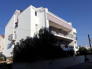 Four bedroom apartment Zadar - Diklo (Zadar) (A-17199-a)