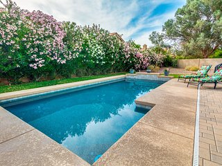 Scottsdale Perfect Location with a Gorgeous Pool! 30 Night Minimum Stay!