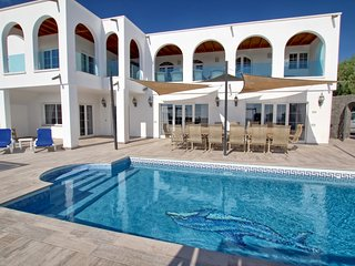 Villa El Palacete A stunning villa with WOW factor, 9 bed, 9 bath panoramic sea
