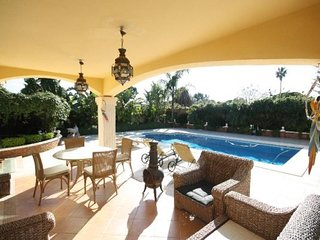 Villa Nancy, Beautiful and Spacious villa in Marbella with private pool