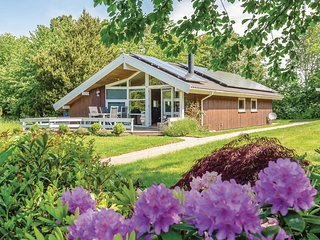 Beautiful home in Føllenslev w/ WiFi and 2 Bedrooms