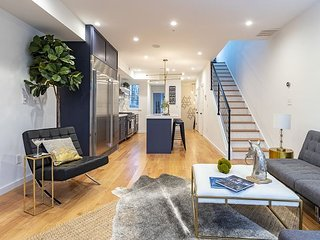 Penthouse with Private Rooftop in Kalorama
