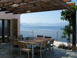Canelle Holiday Home Sleeps 8 with Pool Air Con and Free WiFi - 5794985