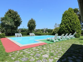 Villa Ulivi with swimming pool in the green in Cutrofiano