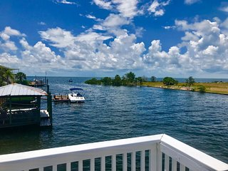 Gulf, Waterfront Home with Boat Dock, Sun Deck and Swimming Pool