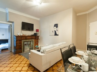 Affordable Midtown 2 Bedroom Near Empire State and Macy's