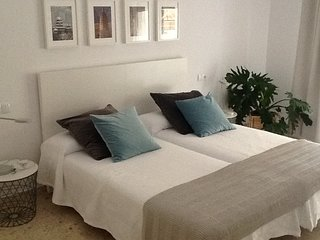 Viviendas Vacacionales - BAHIA BLANCA II - Vacation Apartments . Free Parking.