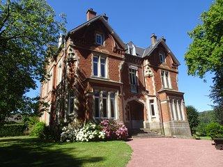 Romantique chateau 11 chambres , 7 SDB ,  au coeur du Parc Naturel des 2 caps