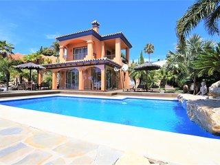 Villa HOJA