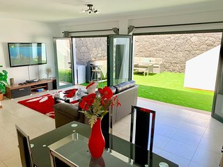 lower leisure area with huge entertainment package
