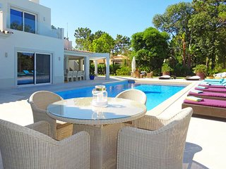 6 bedroom Villa with Pool, Air Con and WiFi - 5803269