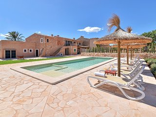 6 bedroom Villa with Pool, Air Con and WiFi - 5803268