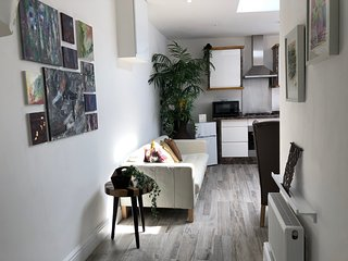 3 Bedroom Apartment London