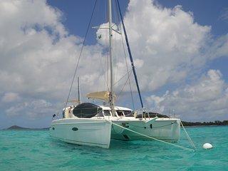 Cabine à bord d'un catamaran