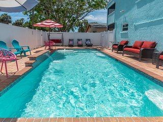 Beach Escape - Private Pool - Sleeps 20-24