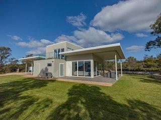 Baileys Beach House