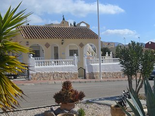Casa Albiza, detached villa with private pool, walk to shops and bars