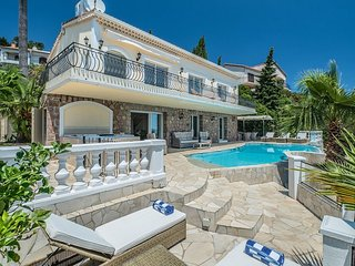 Beautiful Villa with Sea Views