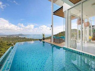 Stunning Blue Sea Villa 3BDRM Infinity Pool