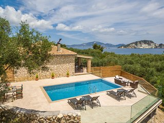 Two Bedroom Stone House with Private Pool (up to 5 guests)