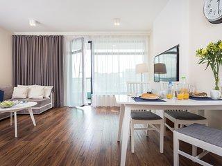 InPoint Premium Gold Apartment