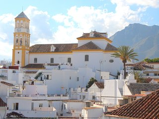 Amazing Location Townhouse Marbella Centre RDR164