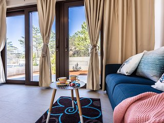 VSG Resort (One-Bedroom Apartment w/ 2 Chair Bed Unit 5)