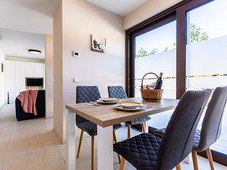 VSG Resort (One-Bedroom Apartment w/ Sofa Bed Unit 1)