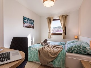 VSG Resort (One-Bedroom Apartment w/ 2 Chair Bed Unit 1)