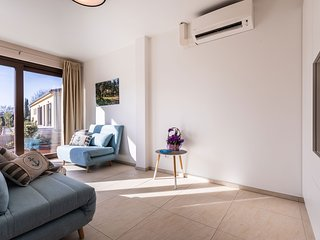 VSG Resort (One-Bedroom Apartment w/ 2 Chair Bed Unit 2)