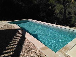 Villa con piscina primada,porche,wifi,mar,bbq,chimenea,ideal verano e invierno
