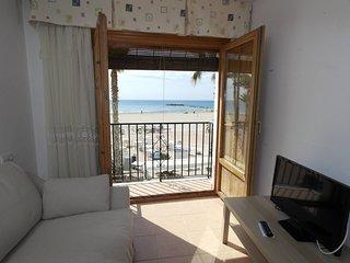 AR1B, Acogedor apartamento a pie de playa.