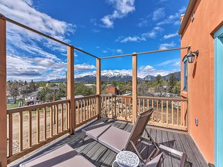 Buena Vista Home w/Mtn Views, Walk to Main St