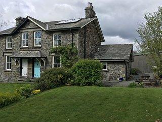 Idyllic, traditional 3 bedroom semi detached Lakeland Cottage close to Hawkshead