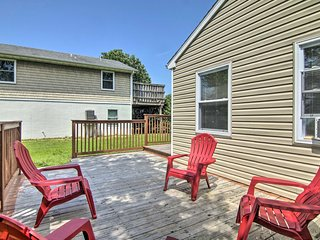 Ocean City Home w/ Deck - 3 Mi. to Boardwalk!