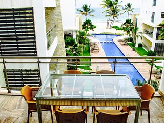 Costa Atlantica C-301 - OCEAN VIEW LUXURY BEACH CONDO