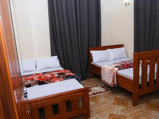 Chibuba Airport Accommodation Twin Room 1
