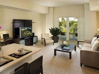 5300NW87A-C. Spacious And Luxurious 3 Bedroom 4 Bathroom Villa Sleeps 8