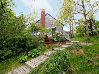 2BR Cottage w/ Artist's Garden – Near Beach, Restaurants, & Wellfleet Cente