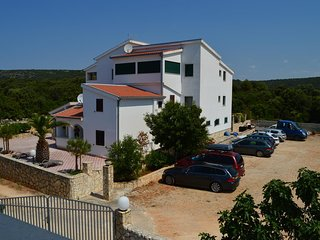 Voluja Apartment Sleeps 5 with Pool Air Con and WiFi - 5486752
