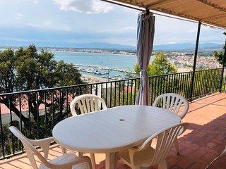 Apartamento con vista mar Puig Rom 68