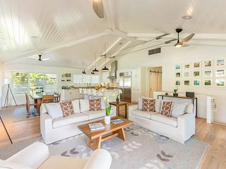 Luxury Hanalei Vacation Rental, min. walk to quaint town and to Hanalei Bay!
