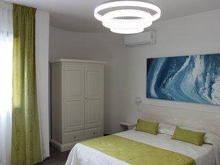 Damavi Suite - Tramontana - Appartamento a Torre dell'Orso, 200 m dal mare