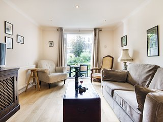 Homey Brompton Park Apartment - DNT