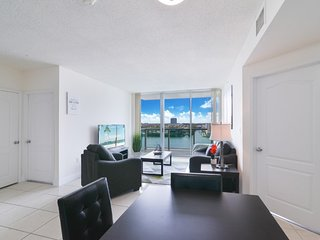 Lovely Condo with Balcony & Partial Ocean View
