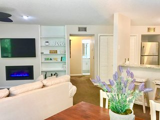 Beautifully Renovated 2 Bed/2 Bath Condo