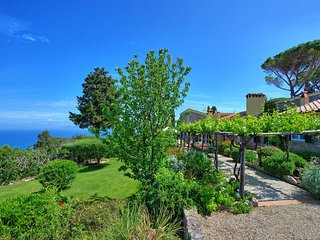 Porto Santo Stefano Villa Sleeps 11 with Pool Air Con and WiFi - 5512604