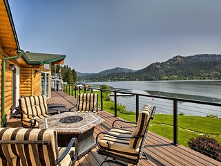NEW! Updated Lakefront Home w/ Deck on Long Lake!