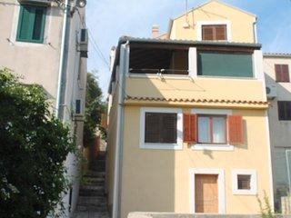 Comfortable and spacious house Mali Losinj (Losinj) (K-17499)