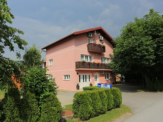 Two bedroom apartment Grabovac (Plitvice) (A-17522-a)